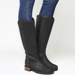 Black UGG Sheldon Boots